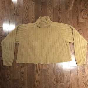 Sweaters - Cropped Knit Turtleneck 🤍